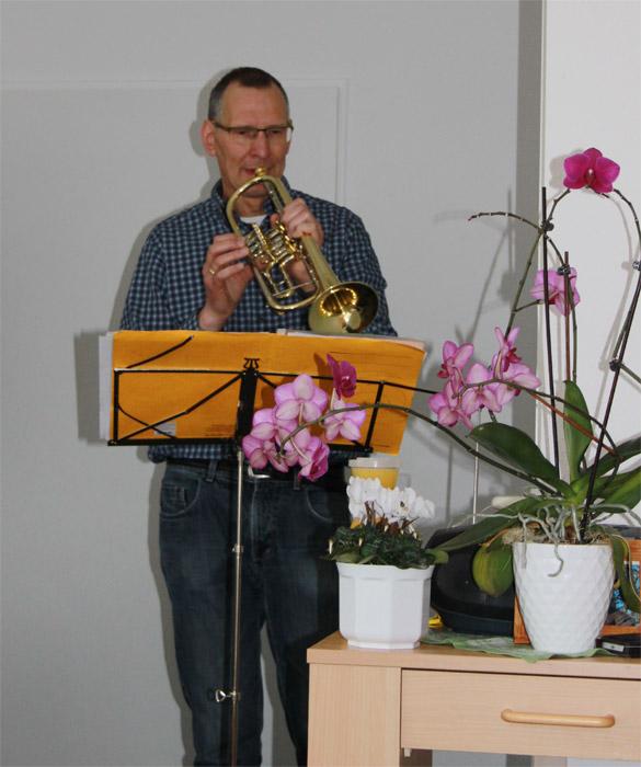 Geburtstagsständchen durch Pfarrer Schilling